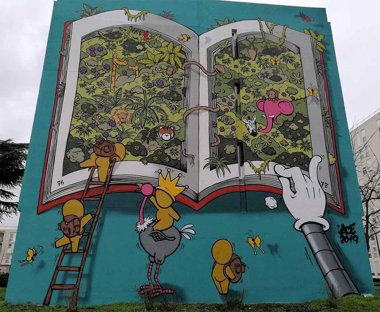 Un livre ouvert, réalisée sur un immeuble du Grand-Ensemble à Alfortville
